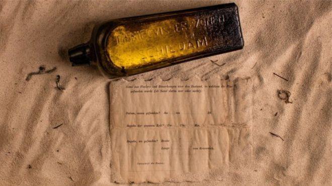 Australiana encontra mensagem jogada ao mar por alemães há 132 anos