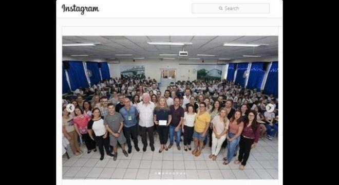 Postagem de março na conta de Daniela no Instagram mostra a governadora aparentemente ao lado do pai em visita à escola Nossa Senhora da Salete