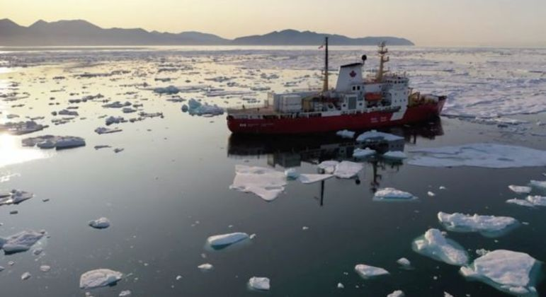 Os pesquisadores realizaram mais de 40 expedições atlânticas para explorar o fundo do oceano em detalhes