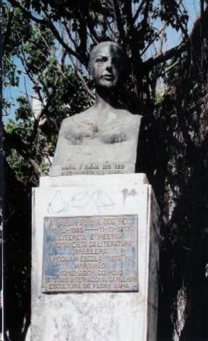Busto de Maria Firmina dos Reis em Belo Horizonte