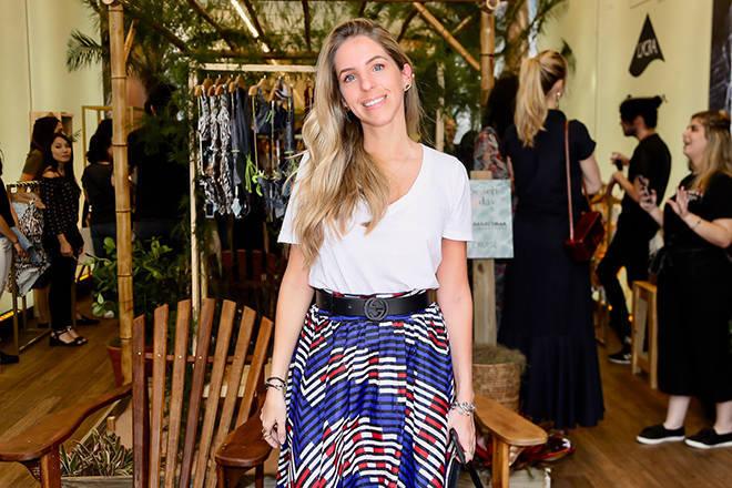 Stella Jacintho foi prestigiar o lançamento da coleção