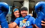 Paixão pelo boxe - Filha do ex-lutador Raimundo Ferreira, conhecido como Sergipe, bicampeão brasileiro e tricampeão baiano entre 1990 e 2000, a boxeadora começou a treinar desde cedo, e chegou a dar aulas com 15 anos