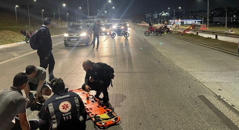 Vítimas receberam os primeiros-socorros e foram encaminhada ao Hospital Risoleta Neves
