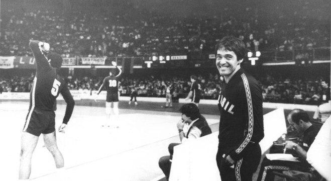 Bebeto foi o técnico das pratas no Mundial (1982) e nos Jogos Olímpicos (1984)