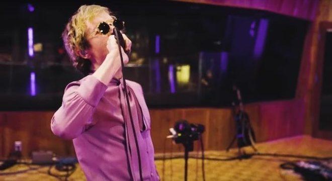 Beck realiza sonho de infância e grava EP no estúdio de Prince; ouça