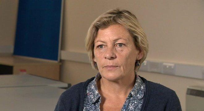 Becky Rogerson diz que há uma questão de confiança que precisa ser superada