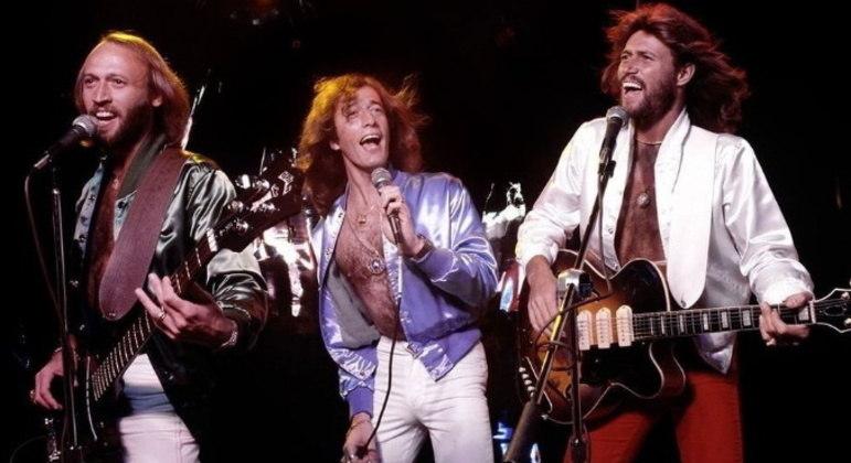 Bee GeesGraham King está se especializando em cinebiografias musicais. O produtor também está envolvido em um filme sobre a história do grupo Bee Gees. Ainda nos estágios iniciais, o projeto não tem mais detalhes