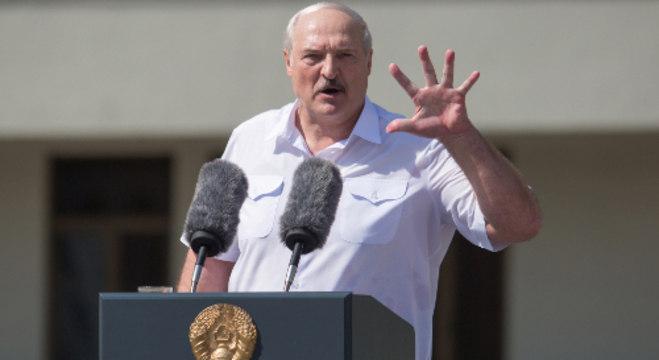 Presidente Lukashenko discursa para apoiadores
