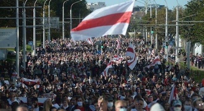 Oposição continua suas ações de protesto todos os dias, exigindo novas eleições