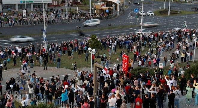 Manifestantes foram às ruas em Minsk pelo quinto dia consecutivo