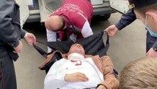 Opositor preso em Belarus usa caneta para se ferir em julgamento