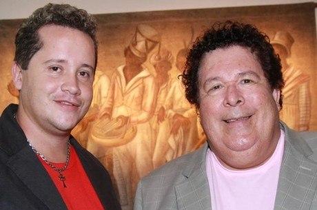 Amaraí e o filho Francis, atual parceiro de dupla