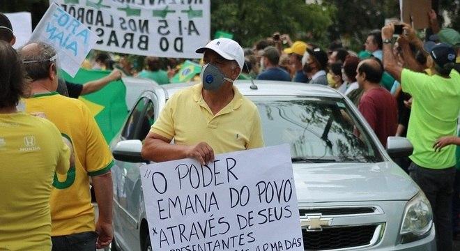 Manifestantes se reuniram em Belo Horizonte