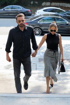 Em 2002, Ben e Jennifer Lopez ficaram noivos, mas não chegaram a subir ao altar. Eles terminaram em 2004 e voltaram a se relacionar em 2021