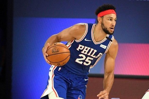 Ben Simmons (4 votos) - Líder em roubadas na atual temporada, o armador e, agora, ala-pivô do Philadelphia 76ers foi uma das grandes pedras no sapato dos oponentes. Simmons foi convidado para o seu segundo Jogo das Estrelas da carreira e possui médias de 16.6 pontos, 8.1 assistências, 7.8 rebotes e 2.1 roubadas