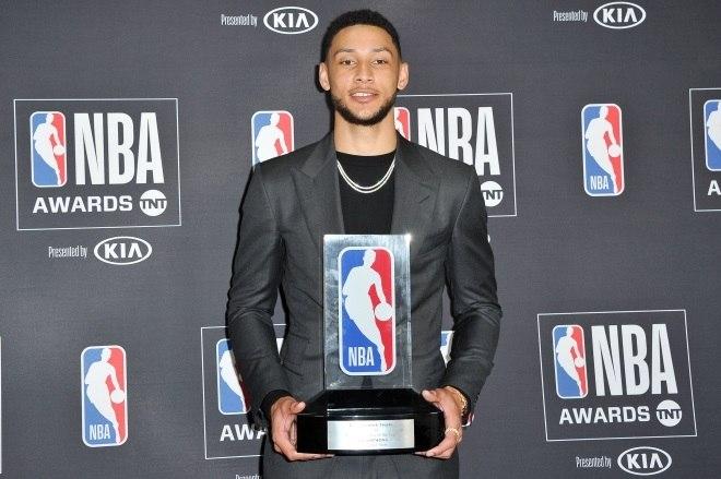 39bc34e1036a James Harden desbanca LeBron e conquista prêmio de MVP da NBA - Esportes -  R7 Esportes Olímpicos