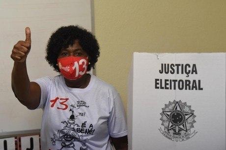 Benedita da Silva votou nesta manhã no Rio