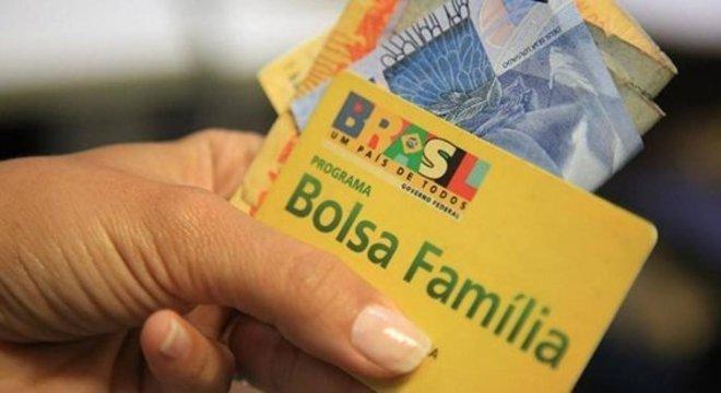 Ipea sugere aumento de 29% no Bolsa Família