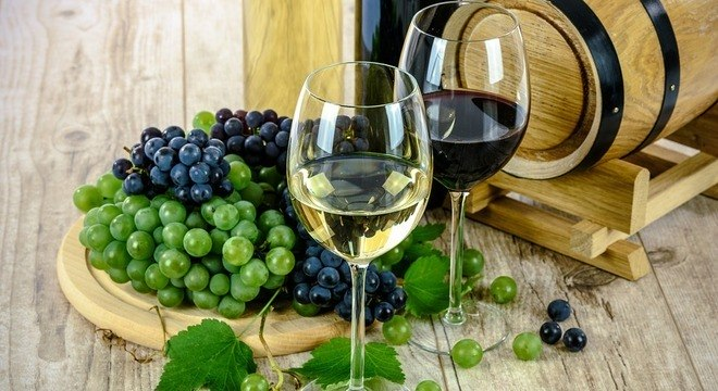 O vinho age como vasodilatador