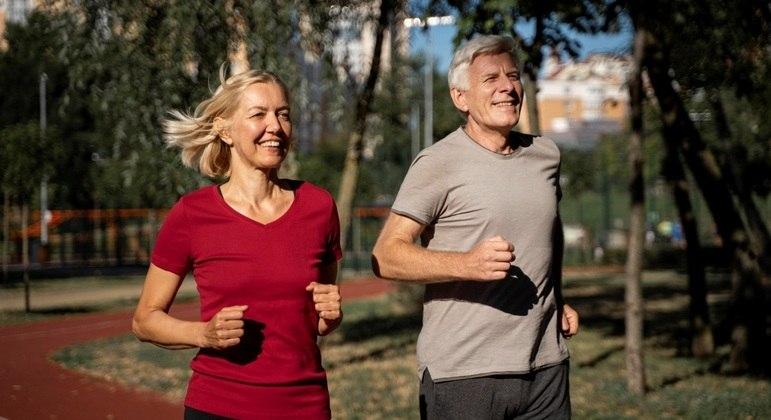 Combine Benegrip Imuno com alimentação saudável e exercícios físicos para viver com mais disposição