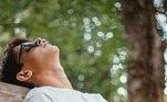 O cansaço excessivo e a dificuldade em ter um sono reparadortambém podem ser sinais da baixa imunidade. Sabe quando você não tem energiapara nada ou parece que dorme uma quantidade suficiente de horas e ainda assimsegue cansado? Seu corpo pode estar dizendo que algo está errado!