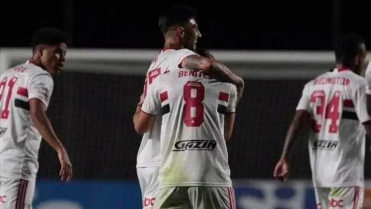 Benítez e Rigoni: jogaram juntos no Independiente-ARG e no São Paulo.
