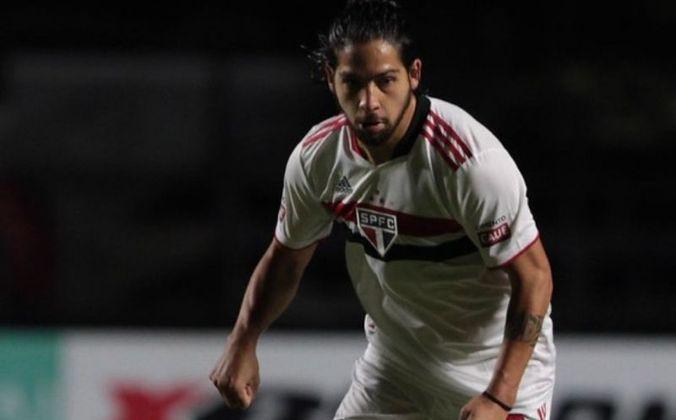 Benítez - emprestado pelo Independiente-ARG, o meia de 27 anos tem valor estimado em 4 milhões de euros (cerca de R$ 24,6 milhões). Seu contrato com o São Paulo vai até o final dessa temporada.