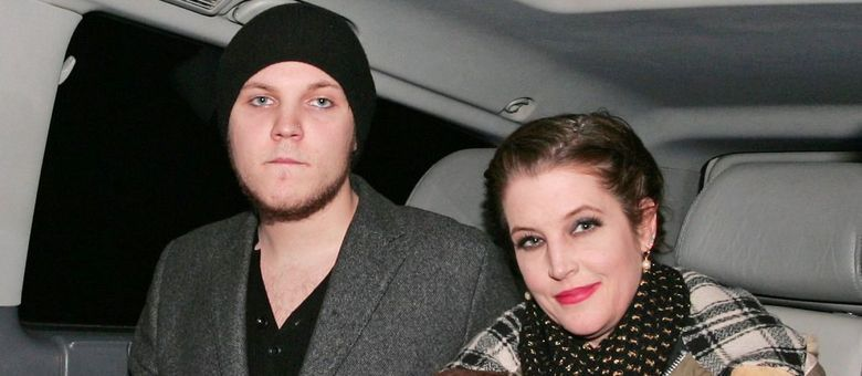 Benjamin e sua mãe, Lisa Marie Presley