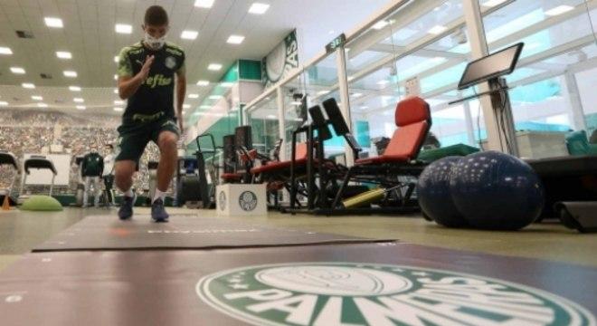 Benjamín Kuscevic já treina no Palmeiras