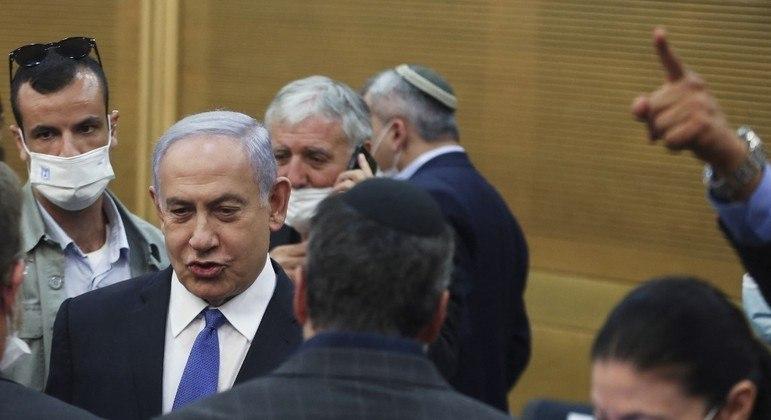 Adversário políticos de Benjamin Netanyahu buscam formar uma coalizão para governar Israel