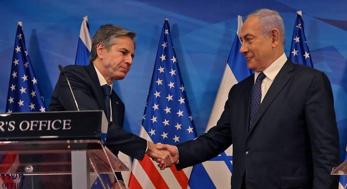 Em Israel, Blinken fala sobre trabalho para restaurar paz na região