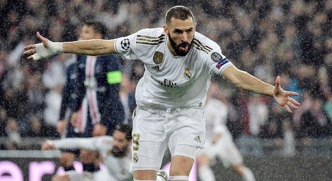 Benzema, os dois gols da classificação do Real Madrid