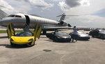 Em outra publicação, ele ainda mostra uma Mclaren P1, UmaLamborghini Avnetador e um Porshe 911. Juntos, os automoveis custam cerca de R$ 12,5 milhões