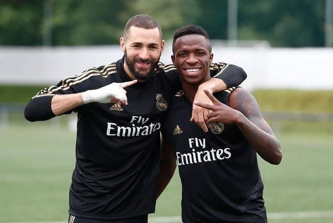 Vinícius Júnior sempre afirmou ser fã de Benzema. Amizade falsa do francês