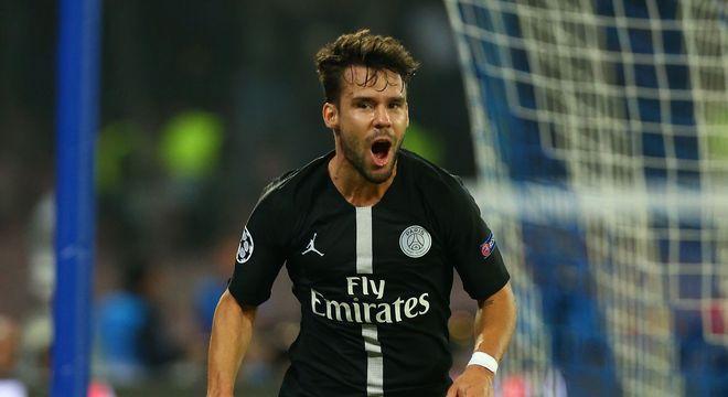 Bernat (27 anos) - Clube atual: PSG - Posição: lateral-esquerdo - Valor de mercado: 16 milhões de euros