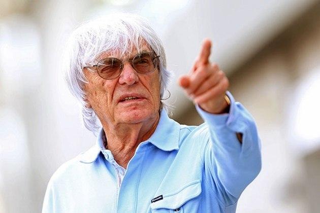 Bernie Ecclestone saiu do comando da Fórmula 1 em 23 de janeiro de 2017, dando espaço para Chase Carey, integrante do Liberty Media, que comprou os direitos no ano anterior