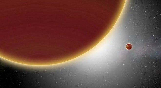 Planeta demora 28 anos para completar uma órbita ao redor de sua estrela