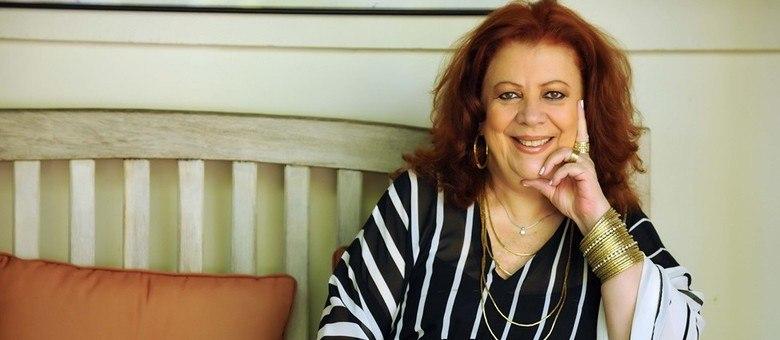 Beth Carvalho foi sambista, mas também historiadora e professora da vida
