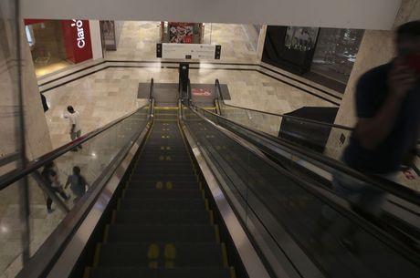 Shoppings e galerias poderão reabrir em Betim (MG)