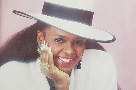 Betty Wright na capa do álbum '4u2njoy', de 1989