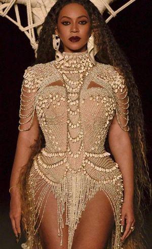 Beyoncé veste marca do Brasil