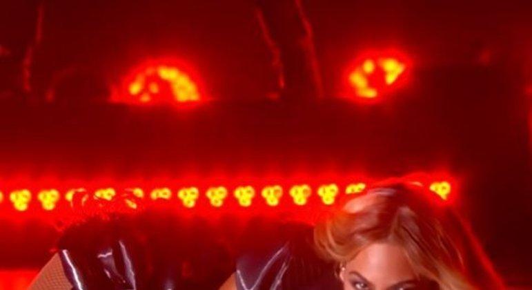 Beyoncé - Super Bowl XLVII (2013)