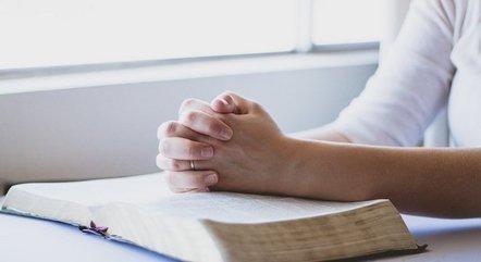 Alto número de evangélicos incomoda poderosos