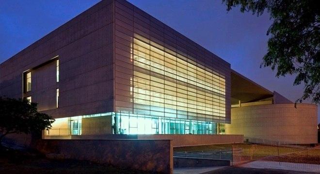 Biblioteca Brasiliana Guita e José Mindlin recebe exposição de Machado de Assis