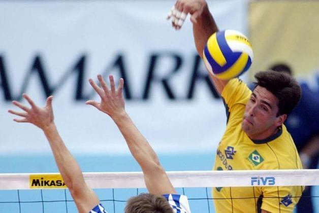 Bicampeão olímpico no vôlei masculino em 1992 e 2004, Giovane Gávio participou de quatro edições dos Jogos Olímpicos. Ao todo, ele disputou 31 partidas no evento esportivo.