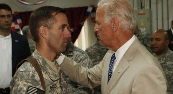 'Ele tinha minhas maiores qualidades', disse Biden sobre seu filho Beau