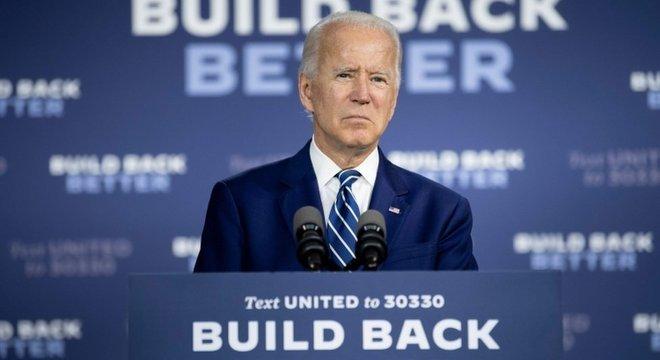 Várias pesquisas eleitorais mostram Biden à frente de Trump, até em Estados tradicionalmente conservadores