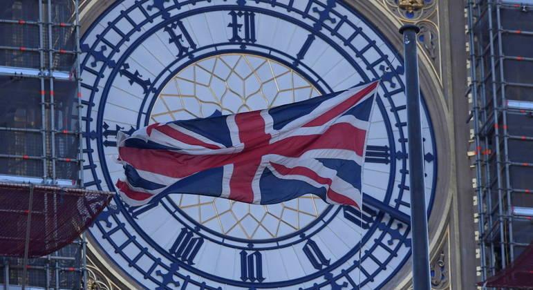 Reino Unido deve manter medidas mais rígidas para apenas nove países