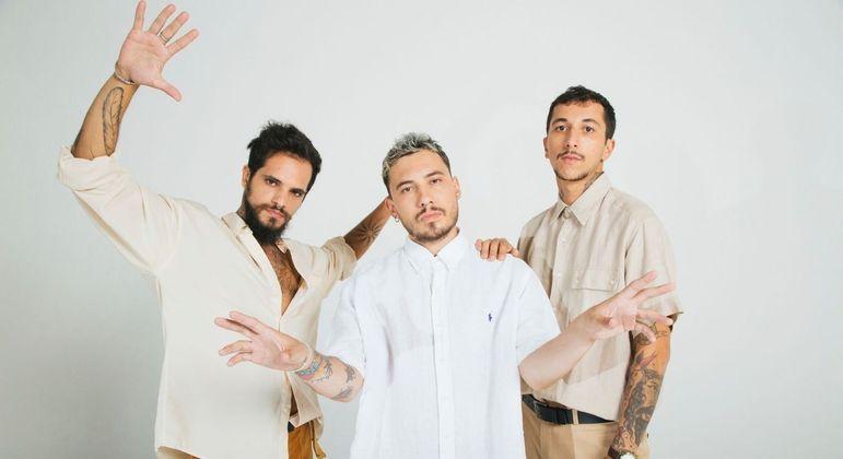 Ras Grilo, Lucas Pierro e Gabriel Geraissati, respectivamente, formam a banda Big Up