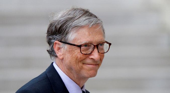 Bill Gates deixou Microsoft durante investigação de caso extraconjugal